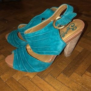 Seychelles Size 8 heals leather teal turquoise tan